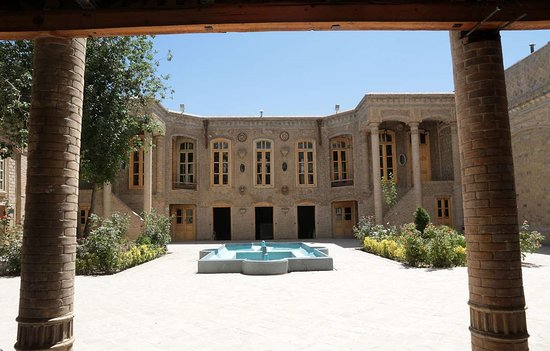 Daroogheh historical house