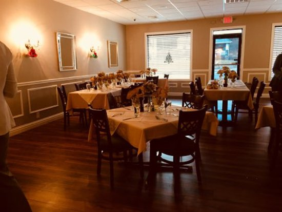 Mountain Top, PA: Adelina's dining room