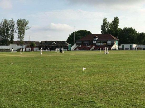 Radcliffe, UK: Junior game
