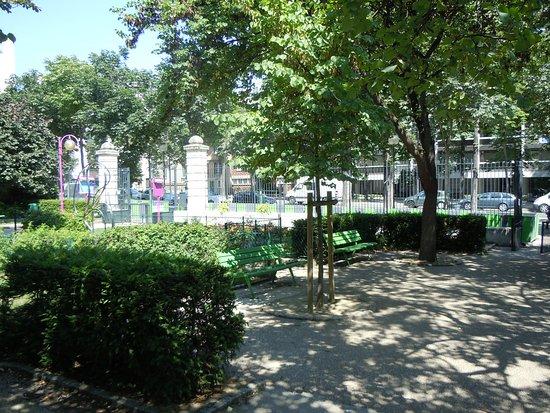 Square Henri Cadiou