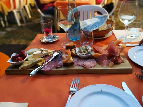 Pieve Torina, إيطاليا: IMG_20180801_203343_large.jpg