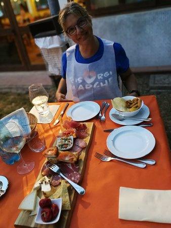 Pieve Torina, إيطاليا: IMG_20180801_203354_large.jpg