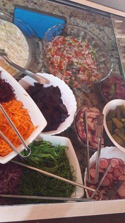 Aripuana, MT: Saladas variadas..