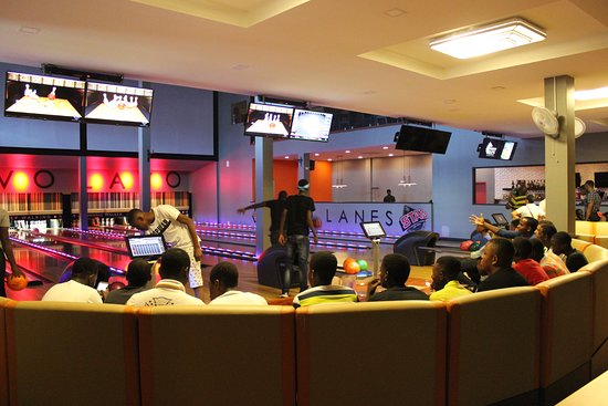 Lavo Lanes: Group friendly