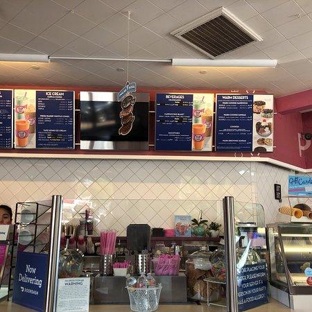 El Cerrito, CA: Baskin-Robbins 31 Ice Cream Stores