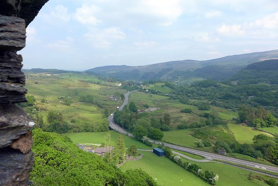 Dolwyddelan Castle: View from the top