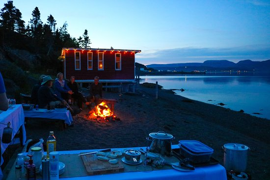 Trout River, Canada: Beach Boil Up