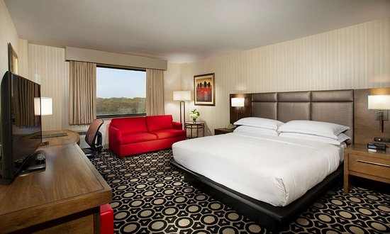 Hilton Northbrook: Guest room