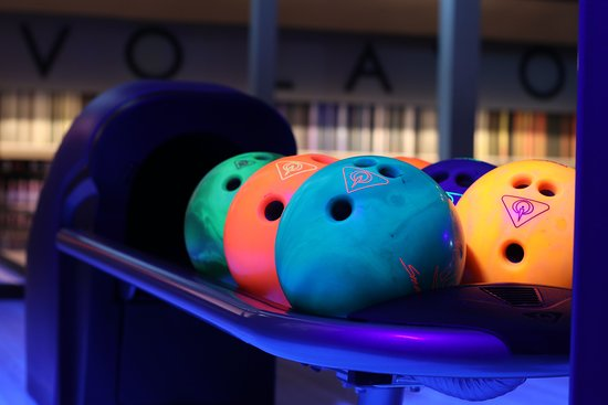Lavo Lanes: 8 state of the art lanes