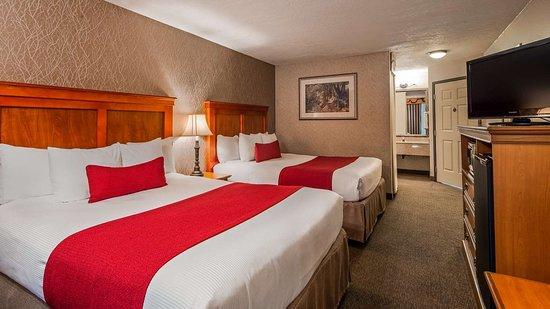 Best Western Plus Rivershore Hotel: Two Queens