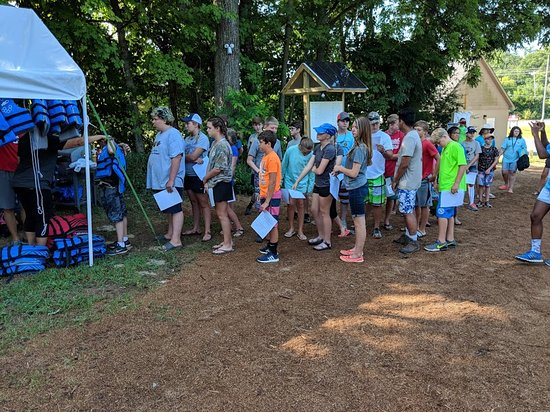 Winchester, TN: Getting 50 teens ready to hit the river!