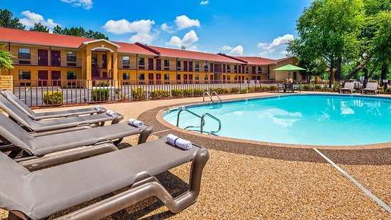 Benton, AR : Pool