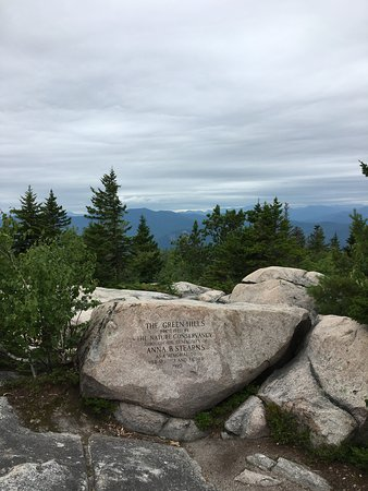 best dating new hampshire hikes with dog friendly