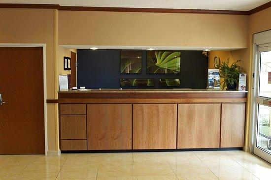 Fairfield Inn & Suites Beloit: Lobby