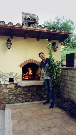 Selci, Włochy: Riccardo fuochista!