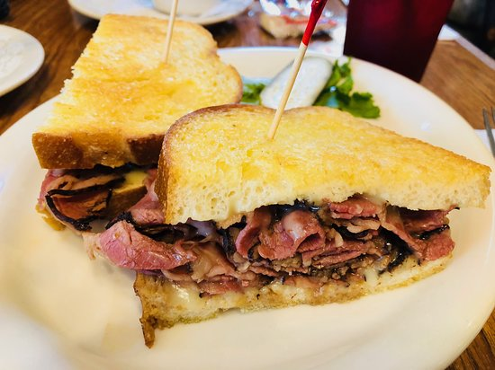 Grizzly Cafe: Pastrami Melt