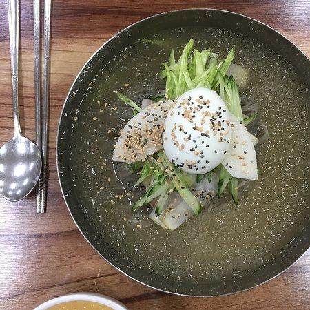 Dongducheon, Sydkorea: 평양냉면 제일 맛있는집*.*