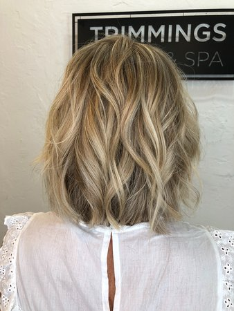 blonde highlights by jeion シンガポール trimmings salon spa