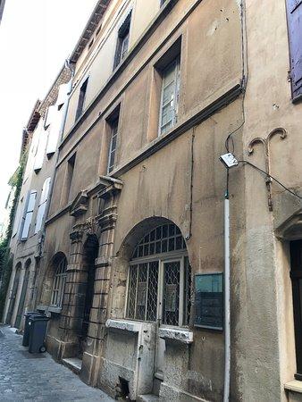 Maison Dupre-Latour