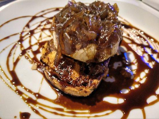 La Taberna: goat cheese with carmelised onion
