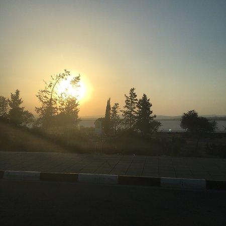 Перволия, Кипр: Evening sunset from Dixie's bar