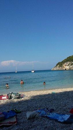 Makris Gialos Beach: TA_IMG_20180802_172936_large.jpg