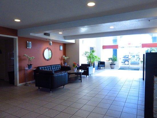 Lathrop, Kalifornien: Lobby