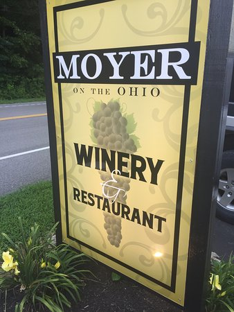 Manchester, โอไฮโอ: Moyer on the Ohio