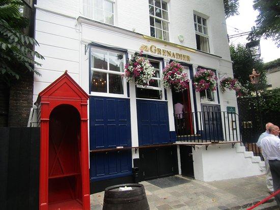 The Grenadier酒吧
