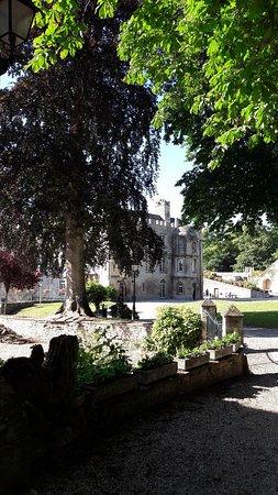 Chateau de Creully: 20180626_182712_large.jpg