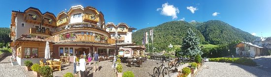 Commezzadura, Taliansko: Tevini - Dolomites Charming Hotel