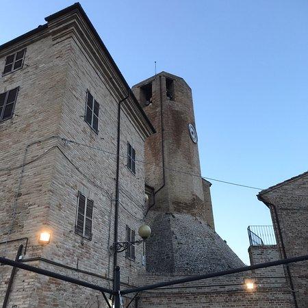 Monteleone di Fermo, Italy: Zeer mooi uitzicht bij ondergaande zon