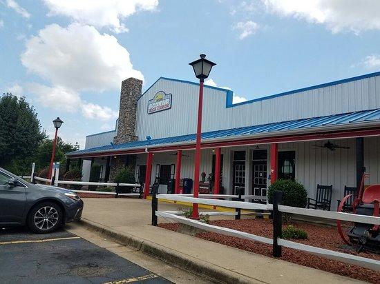 Claremont, Carolina do Norte: Exterior
