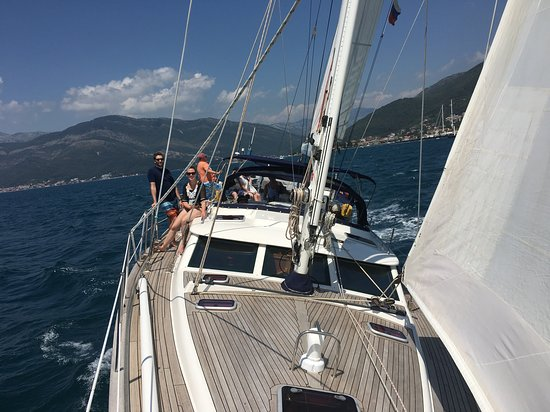 Sailing on the chance discovery! picture of indigo blue sailing