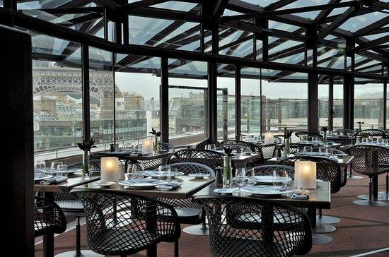 Experiência de jantar no terraço de...