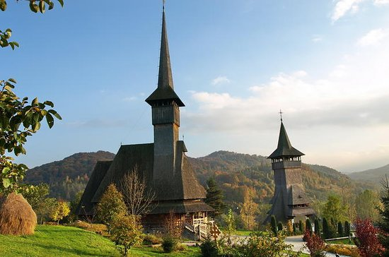 7-Days Transylvania & Wooden Churches...