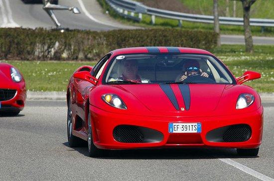 Guida di una Ferrari F430