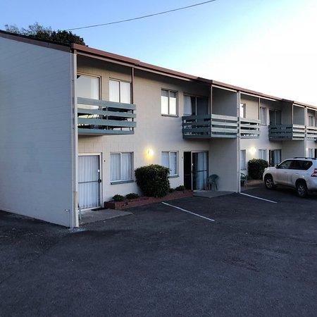 Coronation Court Motel : photo1.jpg