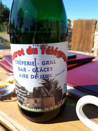 Saint Marcan, France: Cidre personnalisé