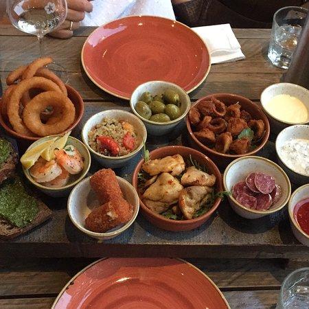 Harvey • Kitchen & Bar: photo0.jpg