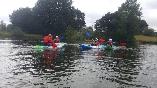 Talkin, UK: Kayak fun and games