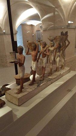 ca5801f50 Sandalias Egipcias  fotografía de Neues Museum (Museo Nuevo)