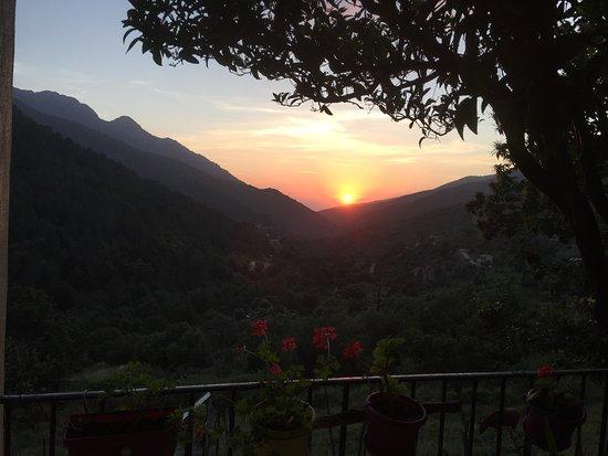Manso, Frankrike: Vue sur la vallée