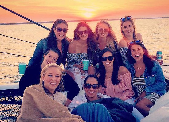 Sag Harbor, NY: Bachelorette Sunset Sail