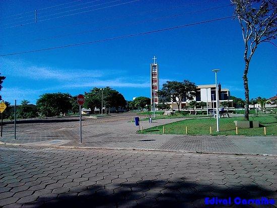 Cidade Gaucha, PR: Paróquia Santa Maria Gotti, em Cidade Gaúcha-PR