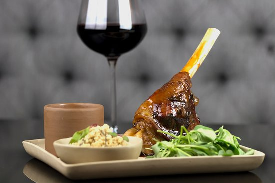 Taste It Food & Lounge