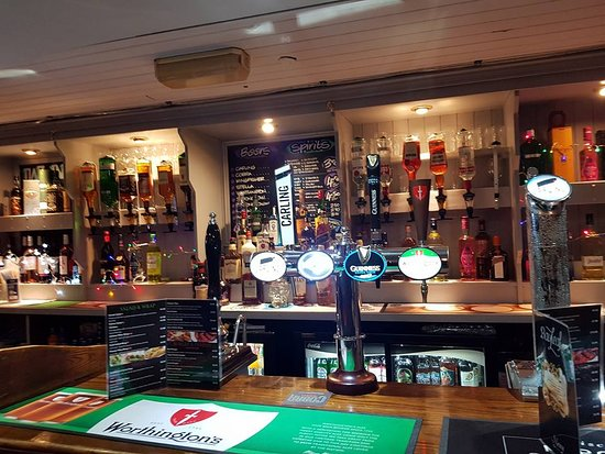 Rowley Regis, UK: Awesome bar and very good selection of beer and spirits