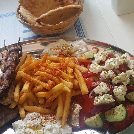 ZEUS GREEK STREET FOOD照片