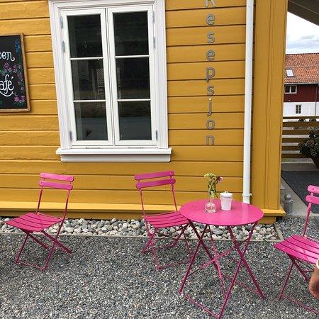 Hyggelig kafé i idylliske omgivelser