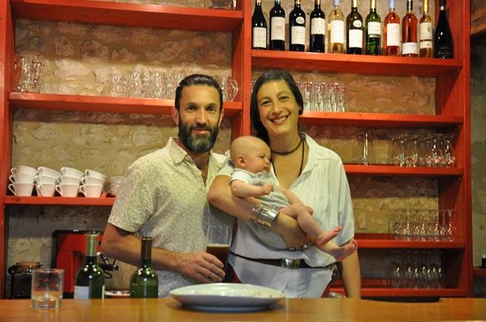 Naussannes, France: Owners - Vincent (chef), Vanessa and Manu